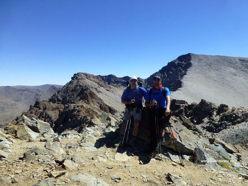 Cerro Boto (3182)